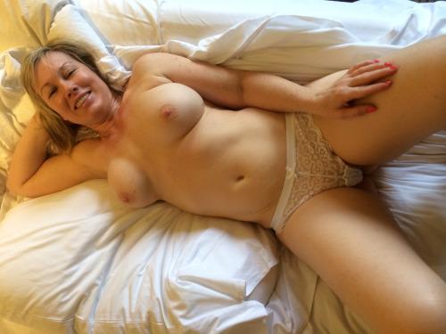 Annonce sexy Nord avec une cougar en chaleur