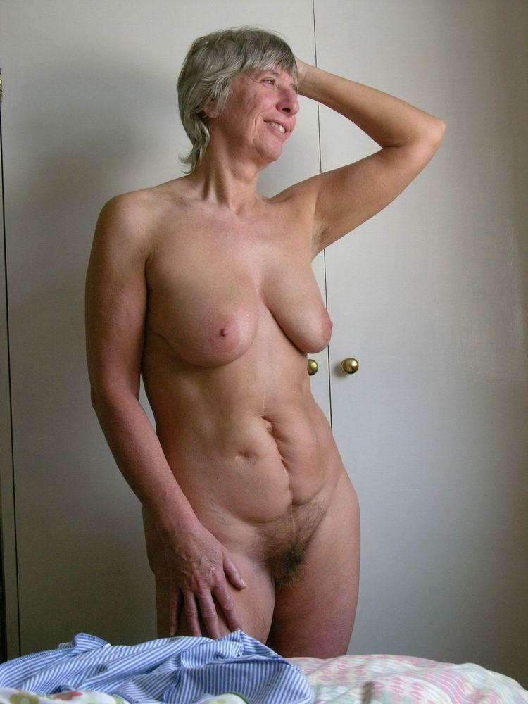 Plan sexy sur Villeurbanne avec une femme adorant les grosses bites